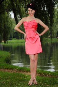 Watermelon Red Strapless Ruched Mini-length Prom Outfits Taffeta
