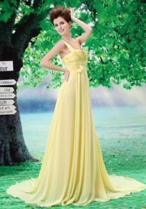 Light Yellow One Shoulder Appliqued Prom Dresses in Flower Mound