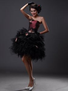 Hand Flowery Strapless Burgundy and Black Dress for Prom in Tulle