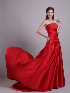 Most Popular Strapless Beaded Red Formal Prom Dress for Celebrity 2013
