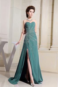 Turquoise Brush Train Prom Attire with Beading and High Slit in Fairfax
