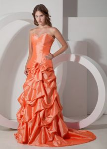 Brush Train Orange Formal Taffeta Prom Outfits with Pick-ups and Bow