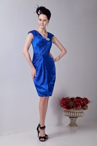 Royal Blue V-neck Knee-length Taffeta Prom Outfits with Beading in Hillsboro