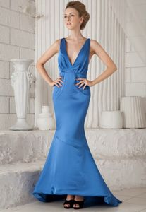 Blue Mermaid V-neck Ruched Prom Dress with Brush Train in Burnie