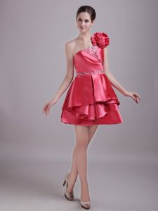 One Shoulder Mini-length Taffeta Red Prom Gowns with Beading in Lithgow