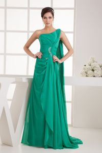 Green One Shoulder Beaded Ruched Prom Attire with Watteau Train