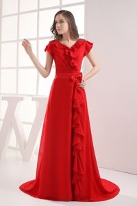 Red Short Sleeves Brush Train Dresses for Prom with Ruffles in Nolanville