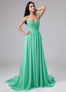 Apple Green Spaghetti Straps Appliqued Prom Gowns Sweep Train