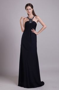 Wholesale Floor-length Black Senior Prom Dress with Beaded Scoop Neck