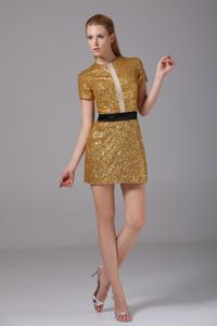 Clearance Round Neck Short Sleeves Gold Mini Prom Dress in Sequin