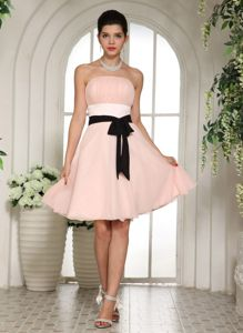Baby Pink Knee-length Informal Prom Dresses with Black Sash in Bothell