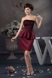 Inexpensive Beading Strapless Burgundy Prom Gown with Peplum