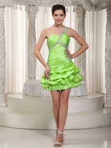 One Shoulder Beaded Spring Green Short Junior Prom Dress with Pick-ups