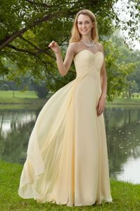 Light Yellow Sweep Train Sweetheart Prom Gown in Keswick Lake District