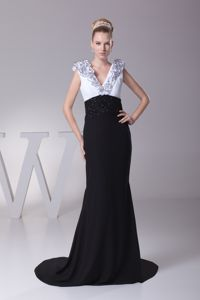 Ruffled V-neck Sweep Train Prom Gown Dresses with Beading Waist