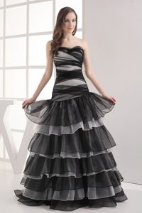 Ruffled Layers Accent Two-toned Dress for Prom in Langport Somerset