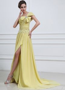 Brush Train Yellow High Slit Beaded Prom Dresses with Bowknot