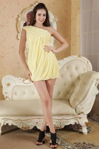 Light Yellow One Shoulder Prom Outfits in Chiffon with Ruches in Rennes