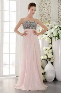 Sweetheart Floor-length Chiffon Prom Dress with Beading in Pink in Townsville