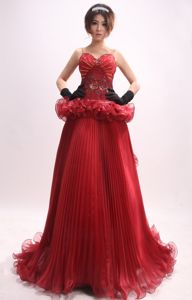 Staps Wine Red Beaded Appliqued Prom Attire Dress for Prom in Bielefeld Germany