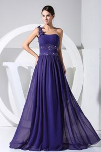 Flower Decorated One Shoulder Beading Dress for Prom in Purple
