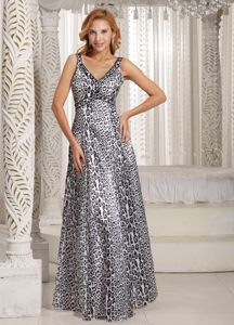 Long V-neck Customize Semi-formal Prom Dresses in Leopard in Bayonne