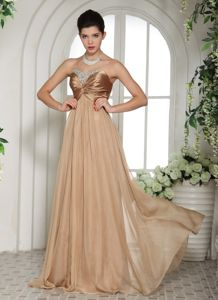 Champagne Chiffon Sweetheart Ruched Prom Attire in With Red in Martigues