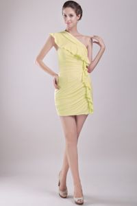 One Shoulder Ruched Yellow Mini-length Prom Outfits in Bristol Avon