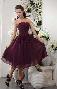 Tea-length Dark Purple Sweetheart Ruched Junior Prom Dress Cheap