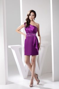 Single Shoulder Ruching Bodice Purple Prom Dresses with Beading