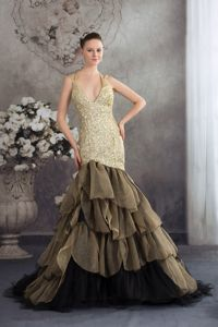 Mermaid V-neck Sequin Tulle Olive Green Prom Dresses with Ruffled Hem