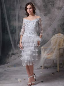 Off The Shoulder 3/4 Sleeves Appliqued Gray Prom Outfits with Ruffled Hem