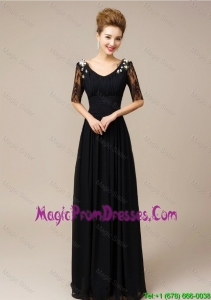 Classical Half Sleeves Laced Black Prom Dresses with V Neck