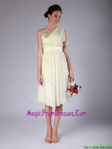 Pretty Knee Length One Shoulder Prom Gowns in Light Yellow