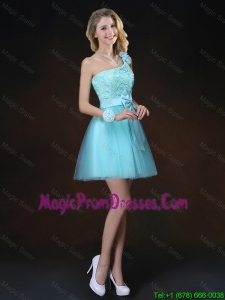 Perfect Bowknot Appliques Prom Gowns with One Shoulder