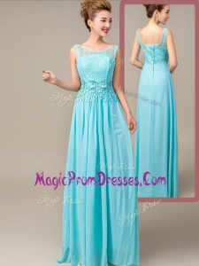 Lovely Empire Scoop Prom Dresses with Appliques and Lace