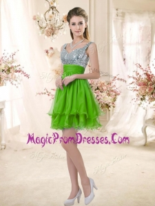 Fashionable Straps Short Prom Gowns with Sequins for Fall