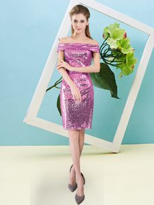 Short Sleeves Sequined Mini Length Zipper Prom Gown in Fuchsia with Sequins