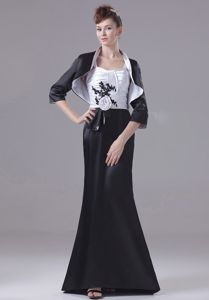 Floor-length Prom Dresses in Black and White with Ruching and Appliques