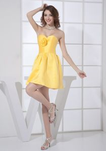 Sweetheart Mini-length Yellow Prom Gown Dress with Flowers in Fairhope