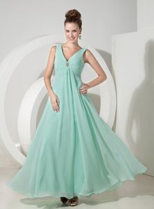 Affordable Zipper-up V-neck Apple Green Long Prom Dresses for Summer