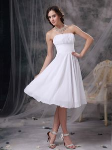 Elegant White Ruched Strapless Knee-length Semi-formal Prom Dress in Erie