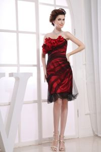 Red and Black Hand Made Flowers Strapless Prom Dress Knee-length