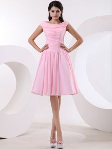 Bateau Baby Pink Prom Dresses in Knee-length with Ruches in Eldorado