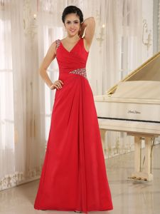 Red V-neck A-line Dress for Prom in Floor-length with Beading in Farwell