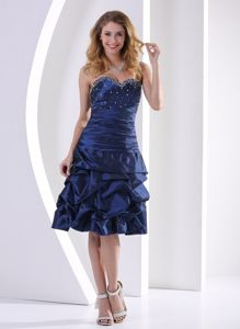 Sweetheart Knee-length Prom Dress in Navy Blue with Beading and Ruffles