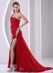 One Shoulder High Slit Prom Gown Dresses in Wine Red with Brush Train