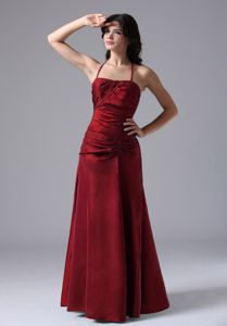 Wine Red Ruched Halter Top Floor-length Prom Outfits with Lace Up Back