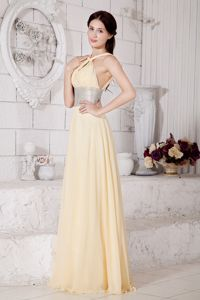 Light Yellow Straps Dresses For Prom in Gisborne with Silver Belt