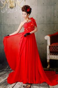 Red One Shoulder Court Prom Dress Appliques with Beading Decorate